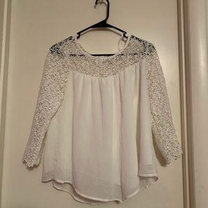 White 3/4 length blouse